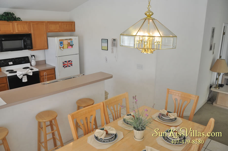 Orlando Vacation Rental - Disney Fun - Dining and Kitchen