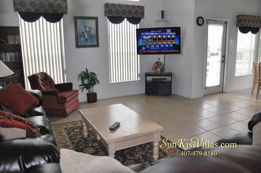 Disney Palms Vacation Home Family Room