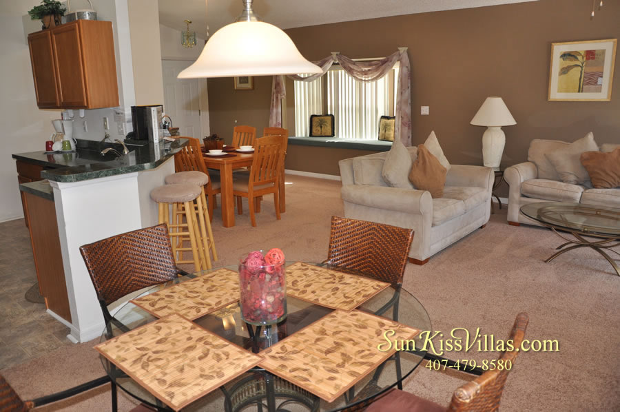 Disney Vacation Rental - Durango Palms - Breakfast and Family Room