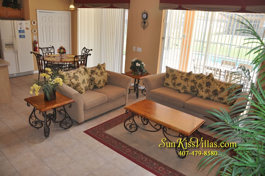 Disney Orlando Vacation Rental - Endless Summer - Family Room