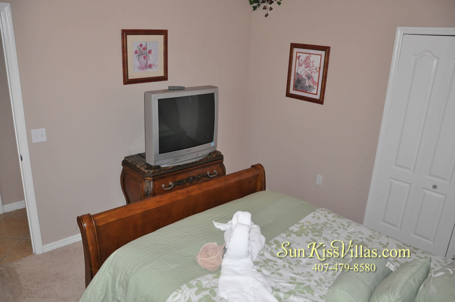 Orlando Disney Vacation Home Rental - Grand Hereon - Bedroom