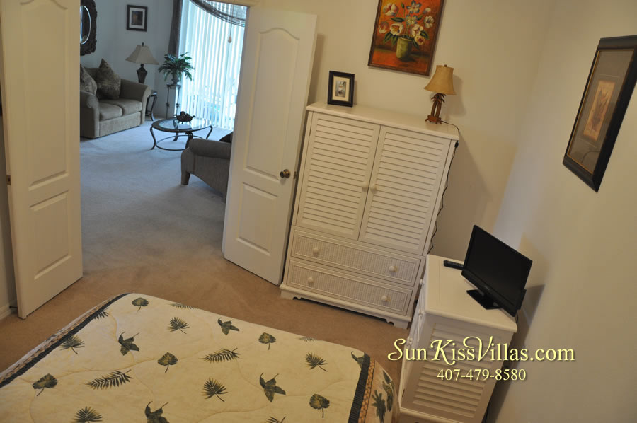 Orlando Disney Vacation Rental Home - Grand Oasis - Bedroom