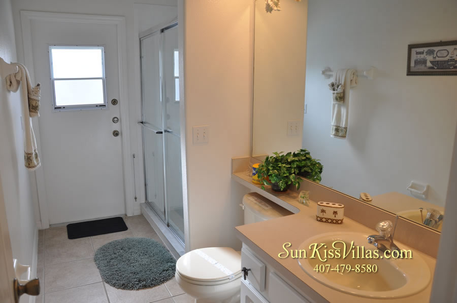 Orlando Disney Vacation Rental Home - Grand Oasis - Bathroom