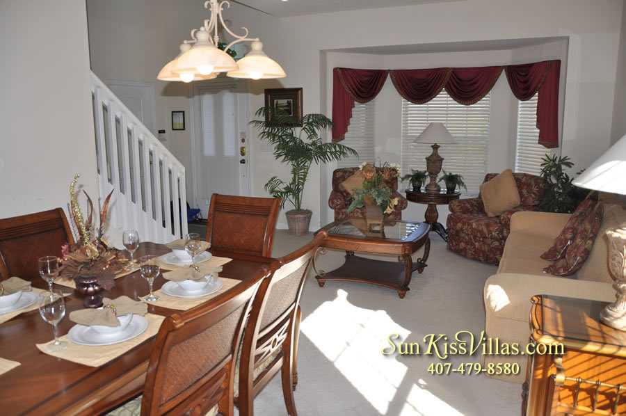 Disney Vacation Villa - Henley Park - Dining and Living Room