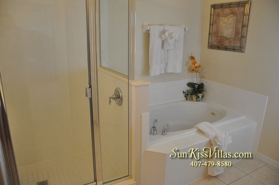 Disney Vacation Villa - Henley Park - Master Bath