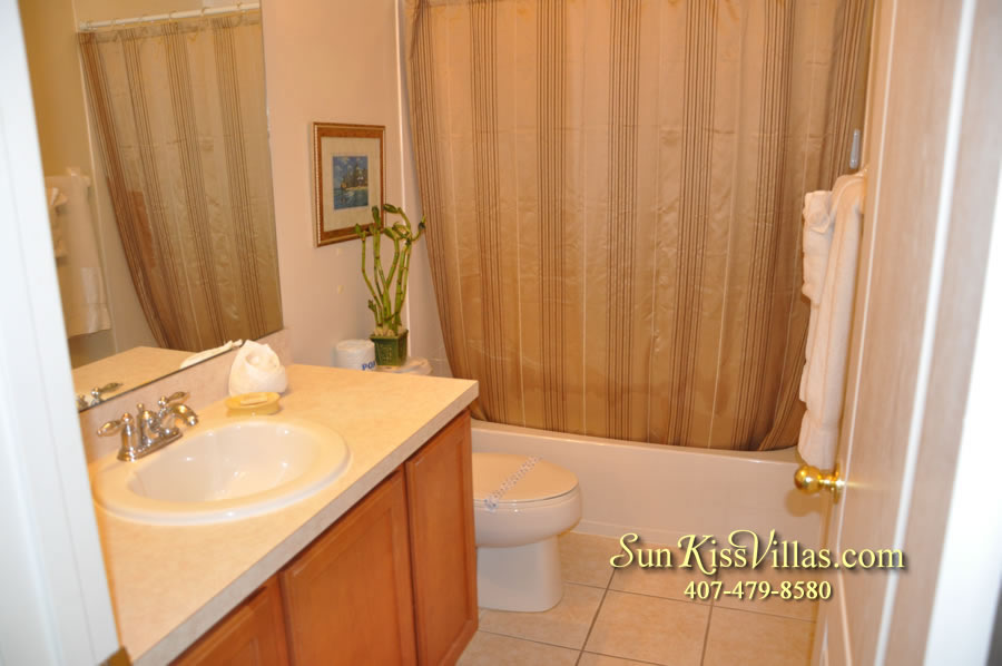 Disney Vacation Villa - Henley Park - Bathroom