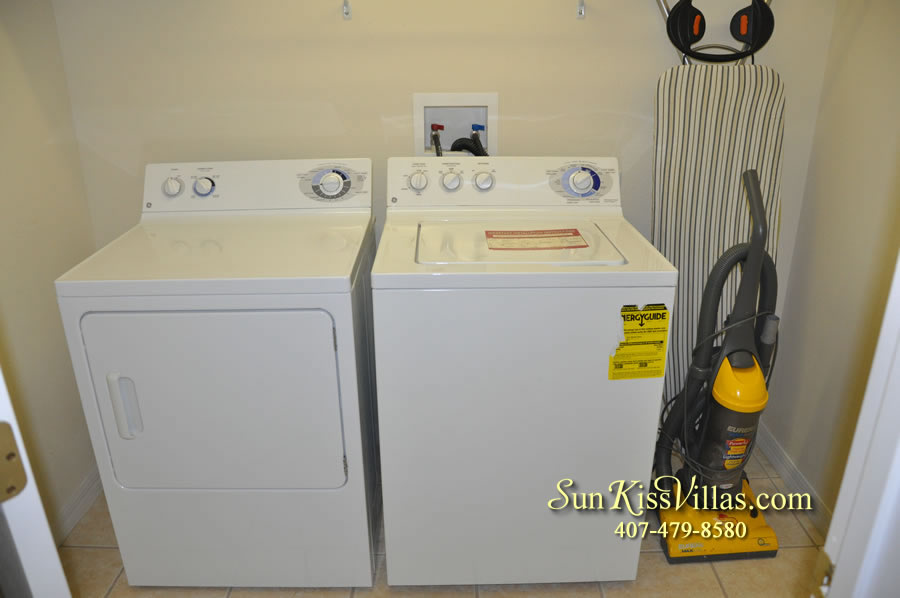 Disney Vacation Villa - Henley Park - Laundry