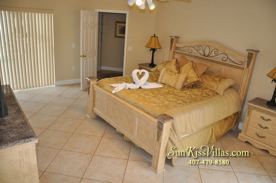 Orlando Villa Rental Near Disney - Keystone - Master Bedroom