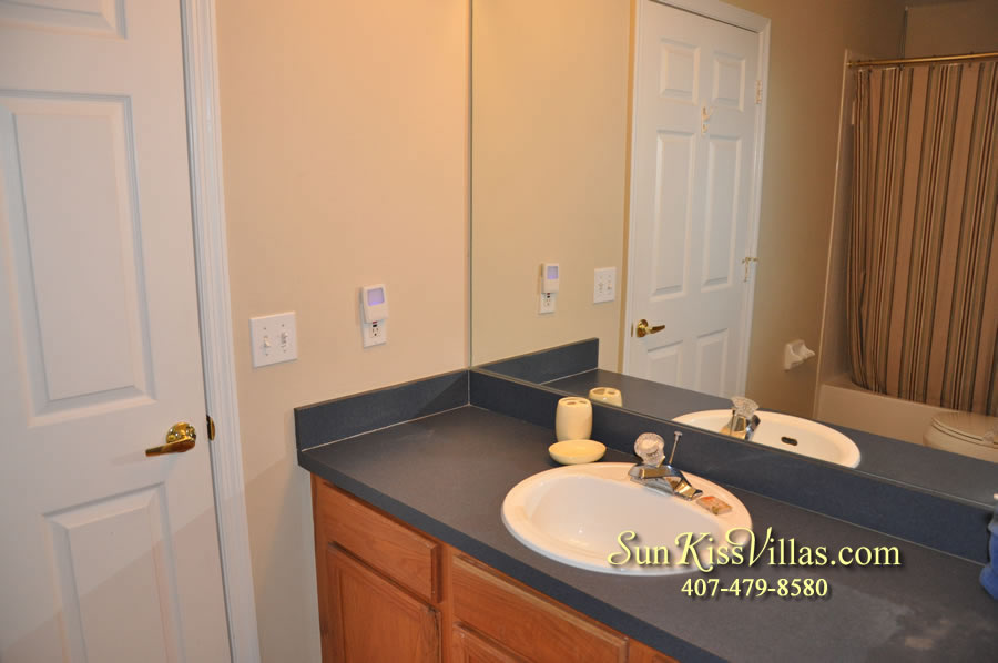 Orlando Villa Rental Near Disney - Keystone - Bathroom