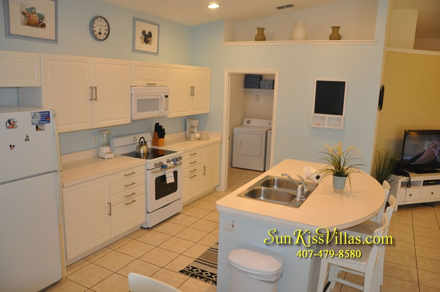 Disney Vacation Rental Home - Mickey's Cottage - Kitchen
