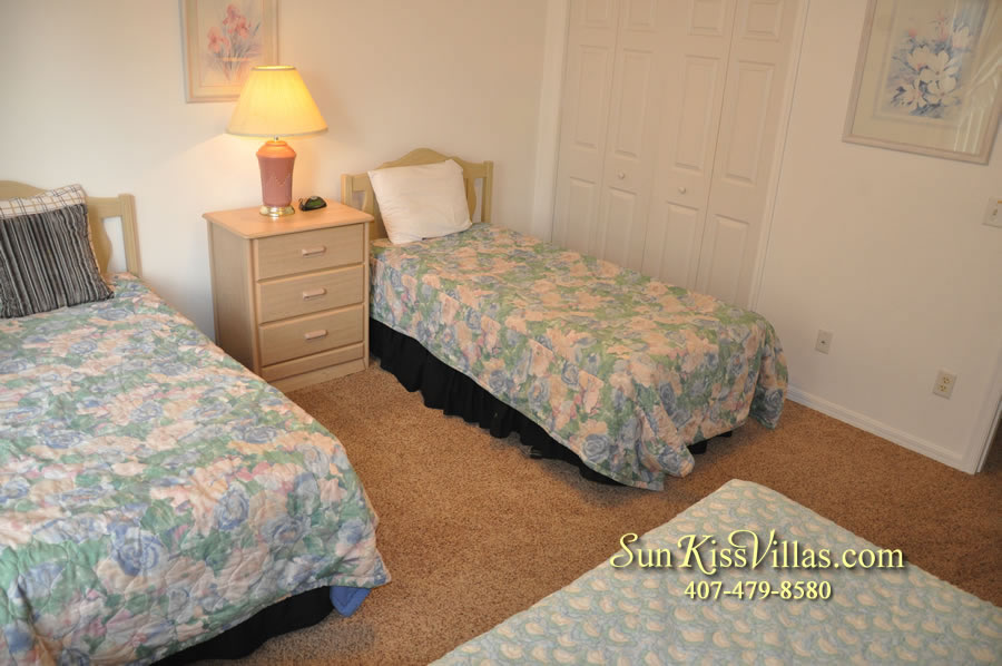 Disney Vacation Rental Home - Orange View Twin Bedroom