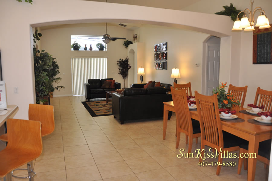 Orlando Disney Vacation Rental Solana - Pelican Point - Dining and Family Rooms
