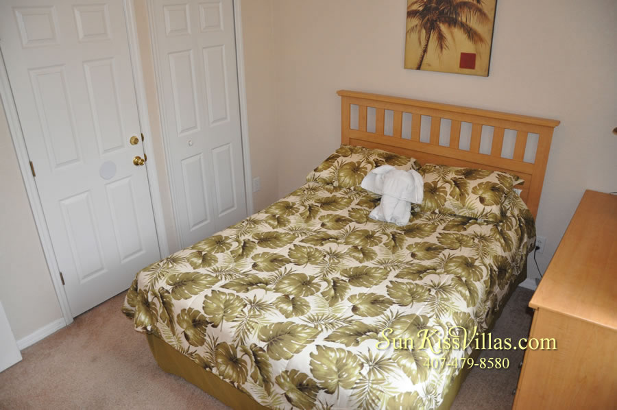 Disney Orlando Vacation Townhouse Rental - Quiet Cove - Bedroom