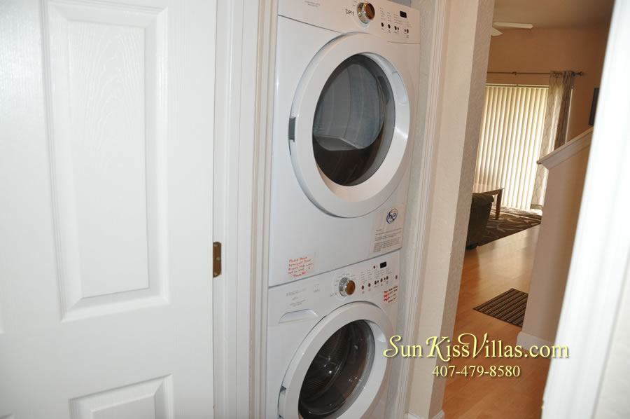 Disney Orlando Vacation Townhouse Rental - Quiet Cove - Laundry