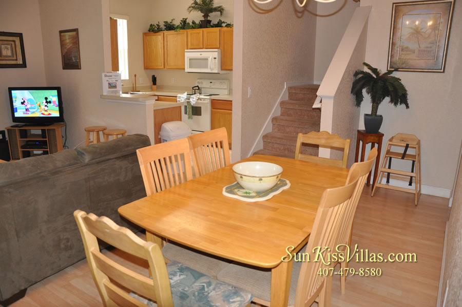 Disney Orlando Vacation Townhouse Rental - Quiet Cove - Dining