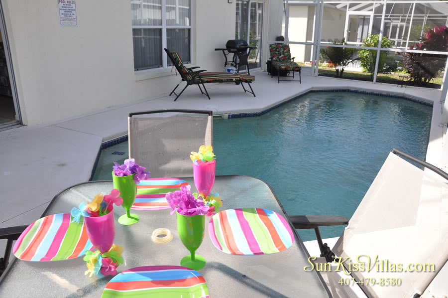 Disney Vacation Rental Home - Shangri-la Pool