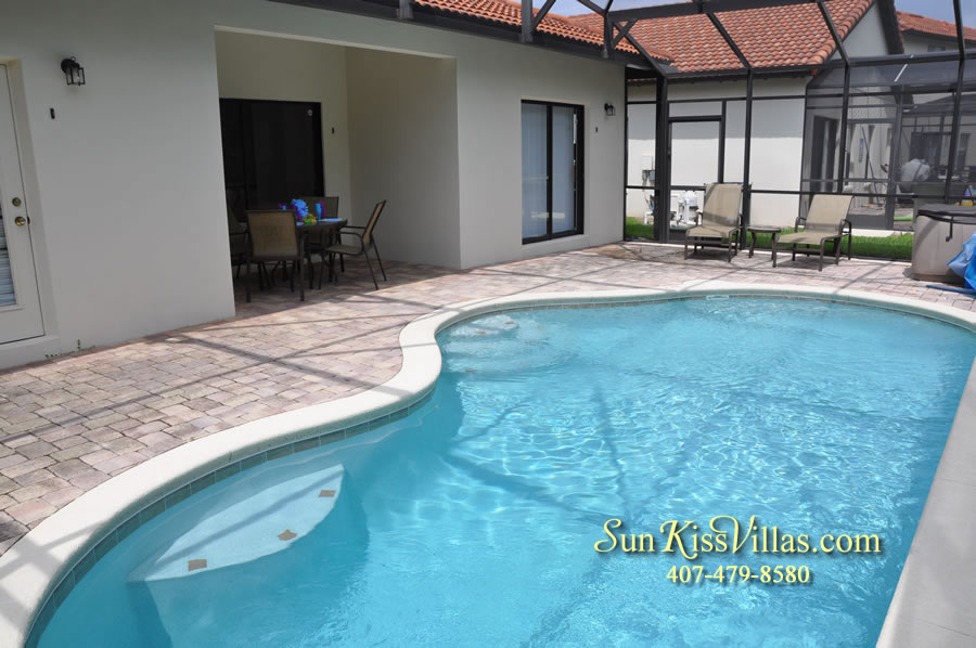 Disney Villa Rental - Tuscan Sun - Pool and Covered Lanai