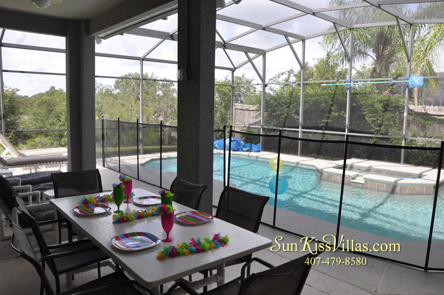Disney Villa Rental - Heron Bay - Pool and Covered Lanai
