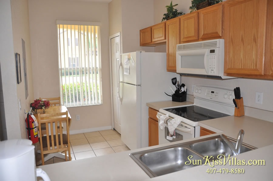 Vacation Townhouse Rental Disney - Trade Winds - Kitchen